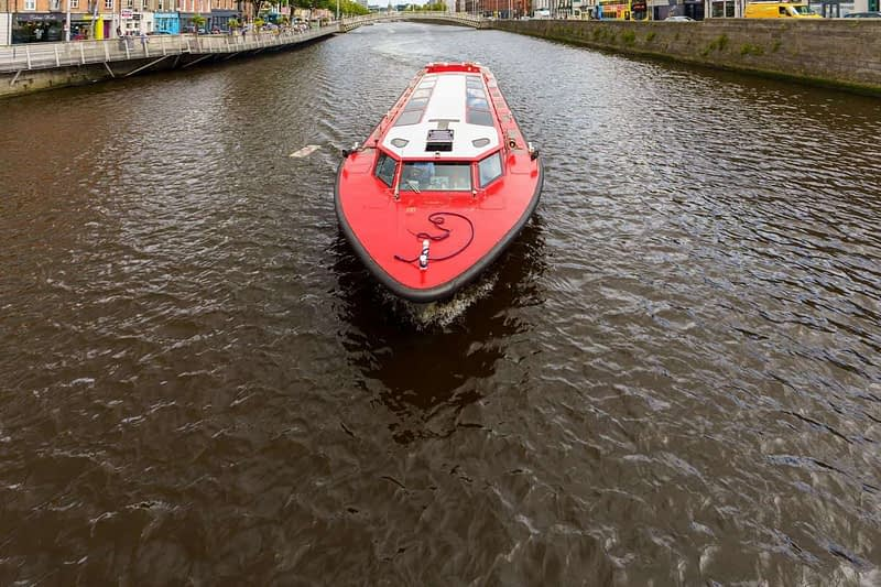 SPIRIT-OF-THE-DOCKLANDS-HEADING-UP-THE-RIVER-LIFFEY-165885-1