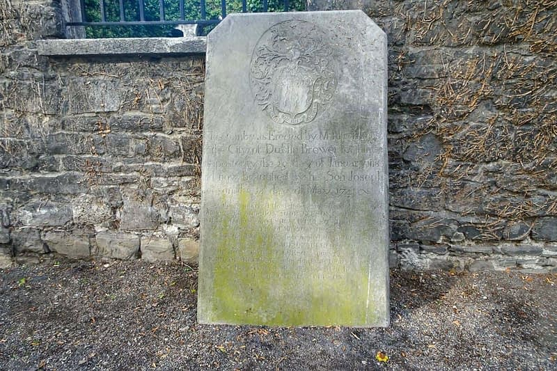 ST-KEVINS-CHURCH-AND-GRAVEYARD-CAMDEN-ROW-166448-1