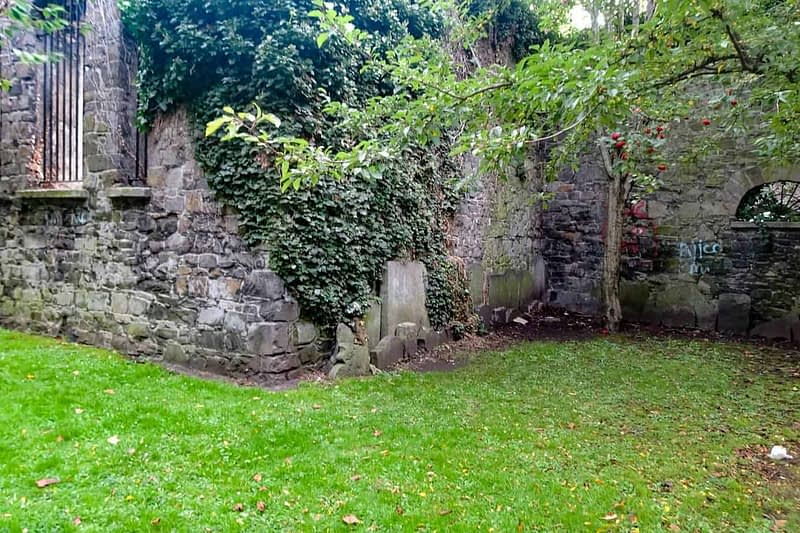 ST-KEVINS-CHURCH-AND-GRAVEYARD-CAMDEN-ROW-166468-1
