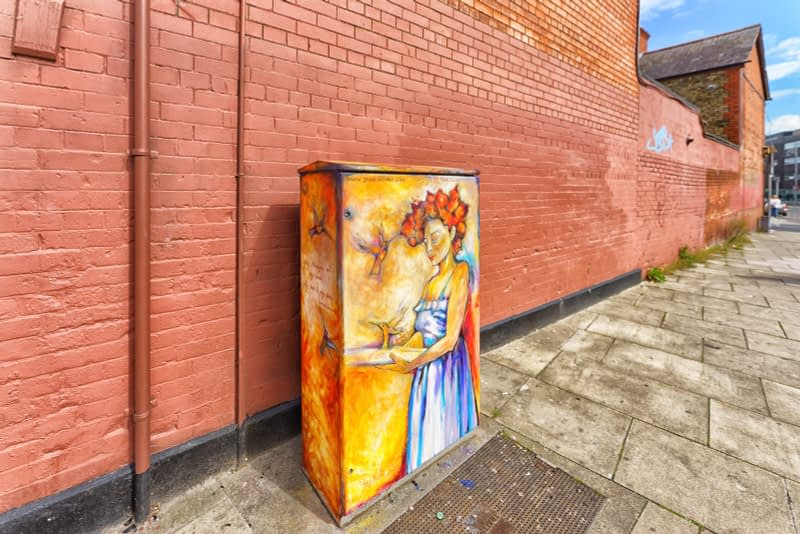 PAINT-A-BOX-STREET-ART-ON-NORTH-KING-STREET-PAWEL-JASINSKI-165830-1