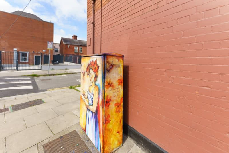 PAINT-A-BOX-STREET-ART-ON-NORTH-KING-STREET-PAWEL-JASINSKI-165834-1