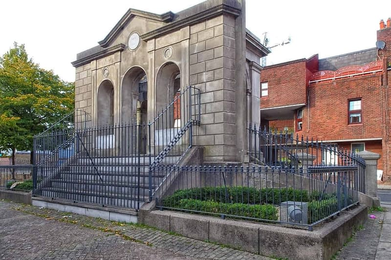 THE-COOMBE-MEMORIAL-THE-DUBLIN-LIBERTIES-166352-1