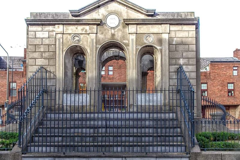 THE-COOMBE-MEMORIAL-THE-DUBLIN-LIBERTIES-166353-1