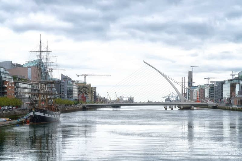 THE-JEANIE-JOHNSTON-TALL-SHIP-ON-THE-RIVER-LIFFEY-166034-1