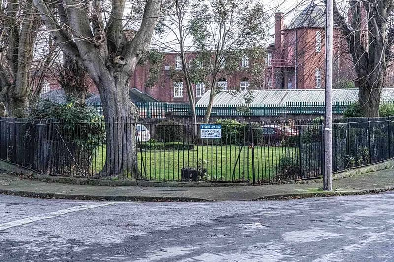 THOR-PLACE-AND-THOR-PARK-STONEYBATTER-ARBOUR-HILL-AREA-OF-DUBLIN-159138-1
