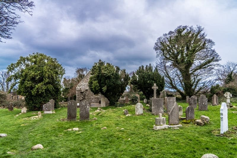 TULLY-CHURCH-AND-GRAVEYARD-159595