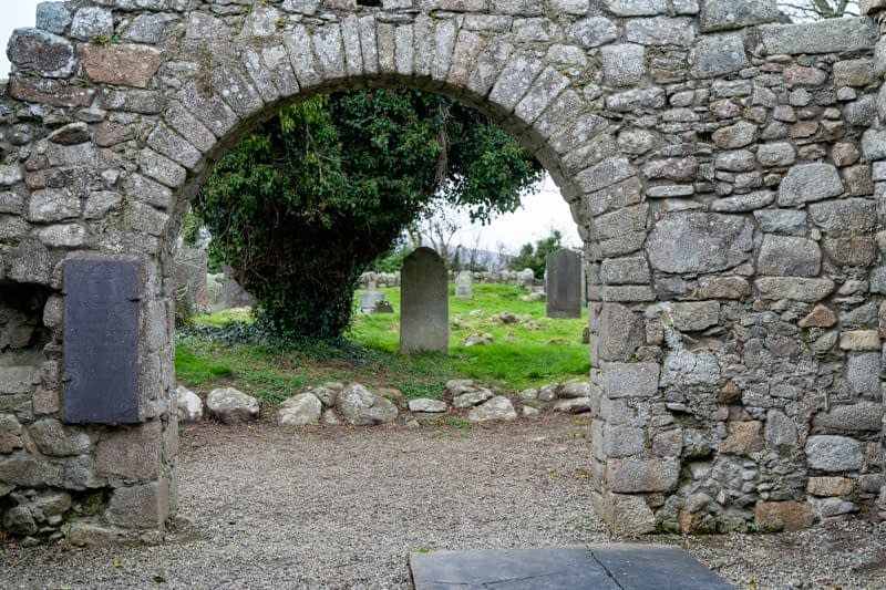 TULLY-CHURCH-AND-GRAVEYARD-159611