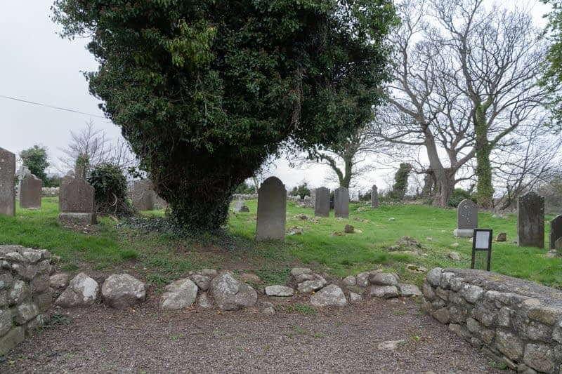 TULLY-CHURCH-AND-GRAVEYARD-159616
