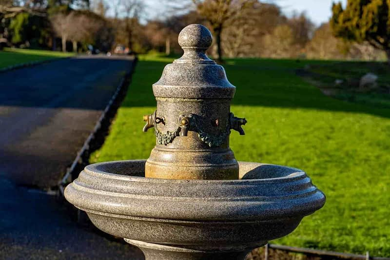 THE-PEOPLES-FLOWER-GARDENS-IN-PHOENIX-PARK-VICTORIAN-WATER-FOUNTAIN-159253-1