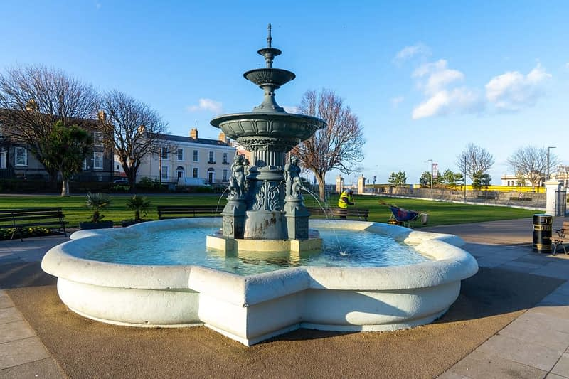 FOUNTAIN-NEAREST-THE-WATERFRONT-DUN-LAOGHAIRE-PEOPLES-PARK-159853-1