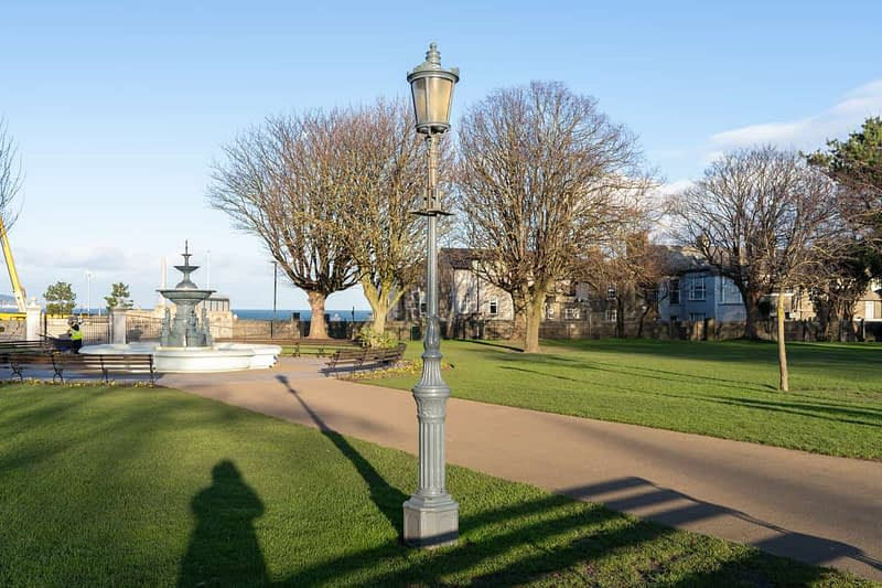 FOUNTAIN-NEAREST-THE-WATERFRONT-DUN-LAOGHAIRE-PEOPLES-PARK-159854-1