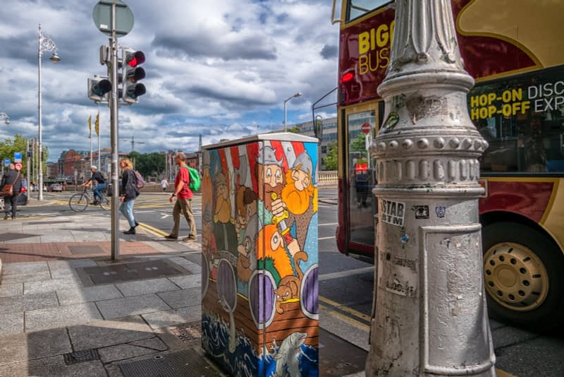 PAINT-A-BOX-STREET-ART-VIKING-TOURISTS-STARTED-COMING-TO-IRELAND-IN-795-AD-166174-1